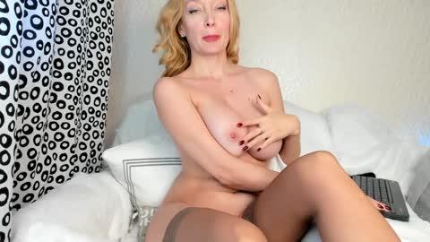 sonya_kelsey  webcam snap