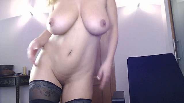 dulcey_john webcam snap