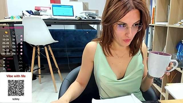 classyfetishrellax webcam snap